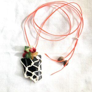 黒曜石ネックレスの一例
